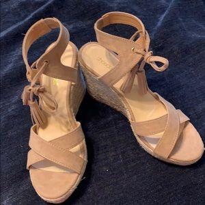 Size 10 tassel espadrille sandals